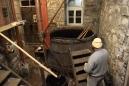 Der Maisch- und gleichzeitig Läuterbottich wird in Dörflis Durles genannt